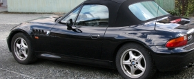 1996-1998_BMW_Z3_Roadster_rear